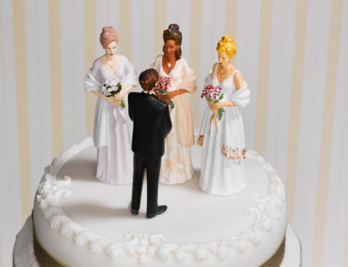 Le couple polygame a-t-il un droit au regroupement familial?